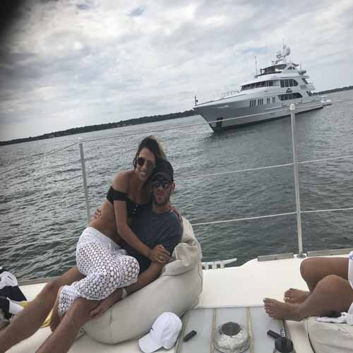 couples cruise sag harbor sailing charter